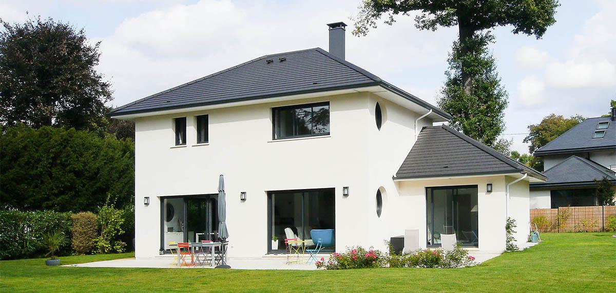 Construction moderne bioclimatique sur mesure France Maisons idf