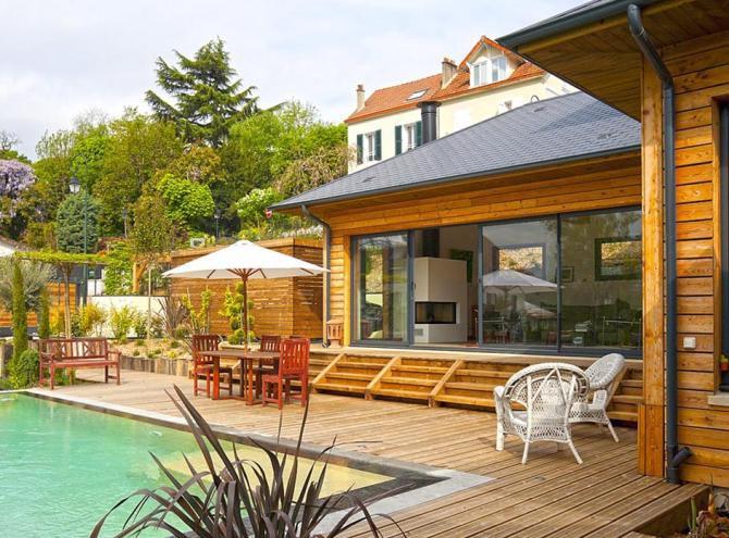 Maison bois Vaucresson La piscine la terrasse