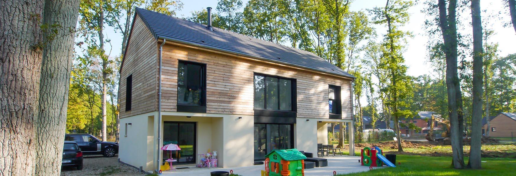 Maison bois à l'orée de la forêt Constructeur France-Maisons-idf