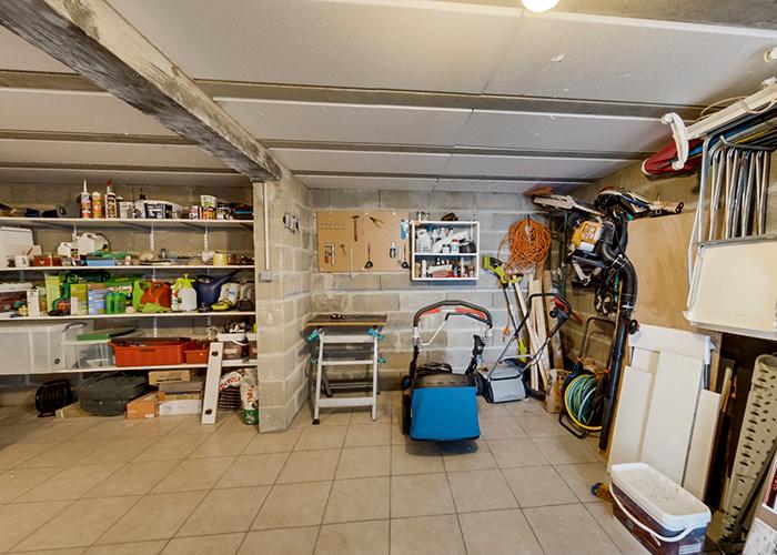 Local Jardinier sous le garage