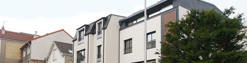 Les toits enfilade, dans un environnement de qualité