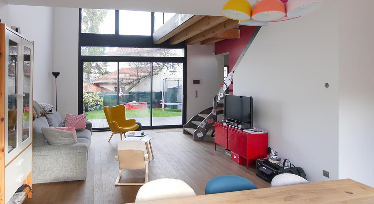 Maison de ville design asymétrique Nanterre. sur mesure haut-de-gamme, Constructeur : FranceMaison-idf