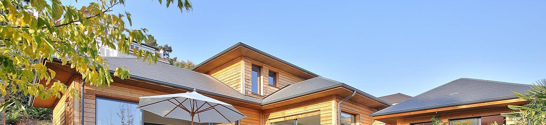 Magnifique maison bois et sa piscine Vaucresson Hauts de Seine